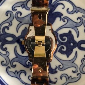 Michael Kors Accessories - Tortoiseshell Michael Kors Watch!